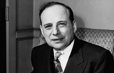 benjamin graham sang guru warren buffett